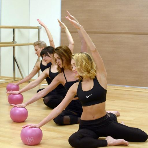 Групповые тренировки в MORE Pilates